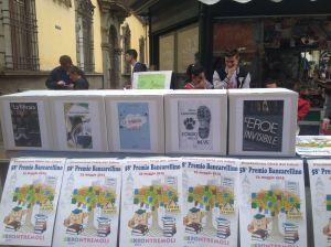 Le urne dei cinque libri finalisti del Bancarellino 2015